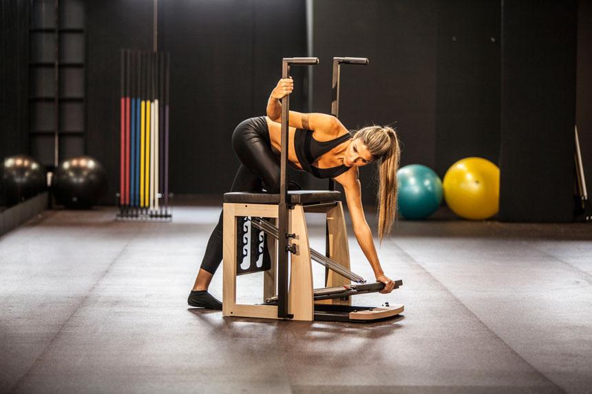Exercícios de Pilates para trabalhar as cadeias cruzadas