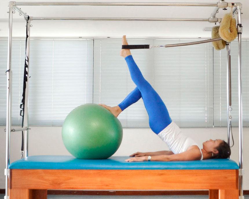 Shoulder Bridge: exercícios de Pilates solo
