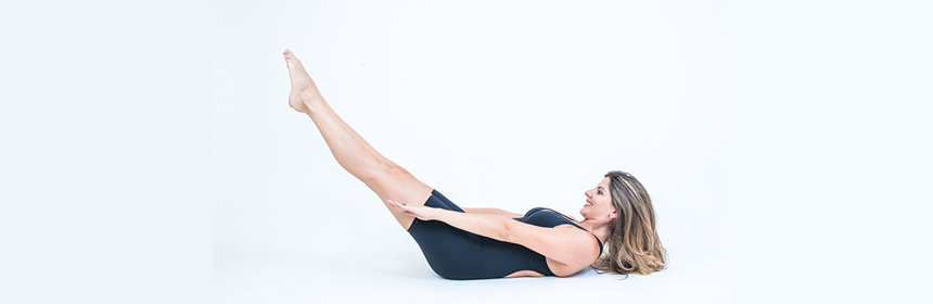 EXERCICIOS DE PILATES SOLO THE HUNDRED
