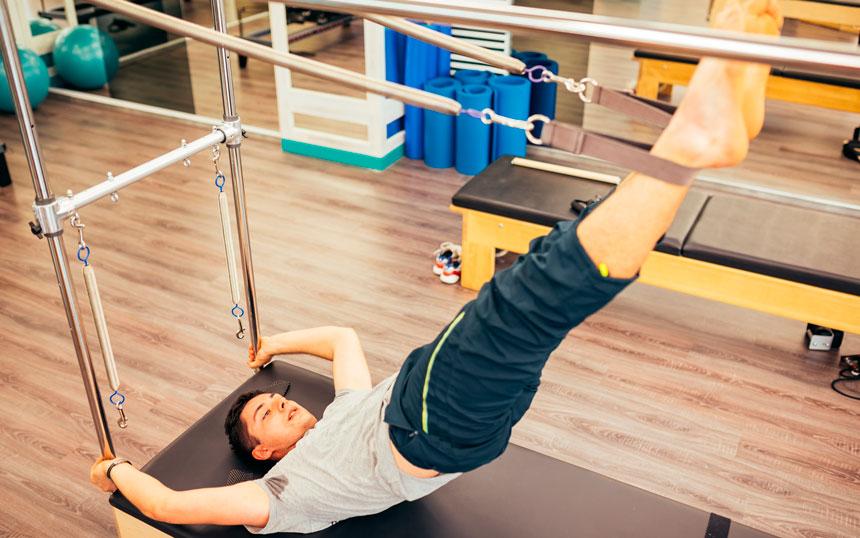 Como montar uma aula de Pilates para homens