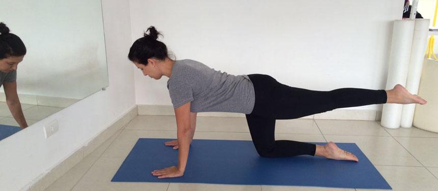 2-Single-Thigh-Stretch-Alongamento-dos-flexores-do-quadril-(Pilates-para-obesos)