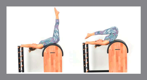 5)-Roll-Over-Barrel - Exercícios de Pilates no Barrel