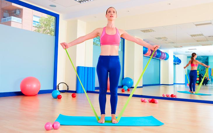 21 Exercícios para Aulas de Pilates com Acessórios que você PRECISA conhecer!