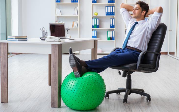 Pilates Laboral: benefícios dos exercícios no ambiente de trabalho