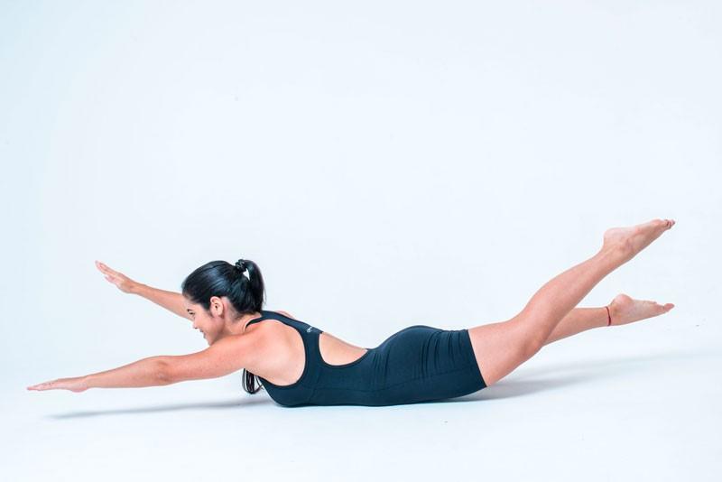 exercício-pilates-pós-parto-swimming