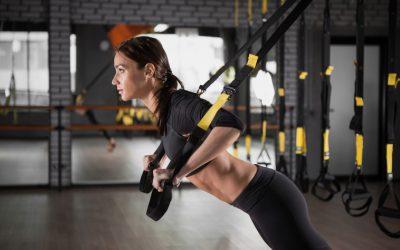 Exercícios na fita de suspensão para Studios de Pilates