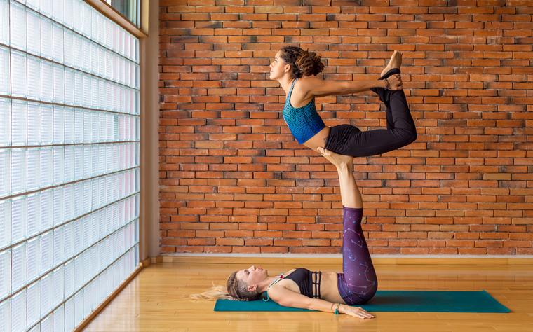 Acrobacias de Solo no Pilates: Saiba como utilizar e tornar suas aulas mais atrativas