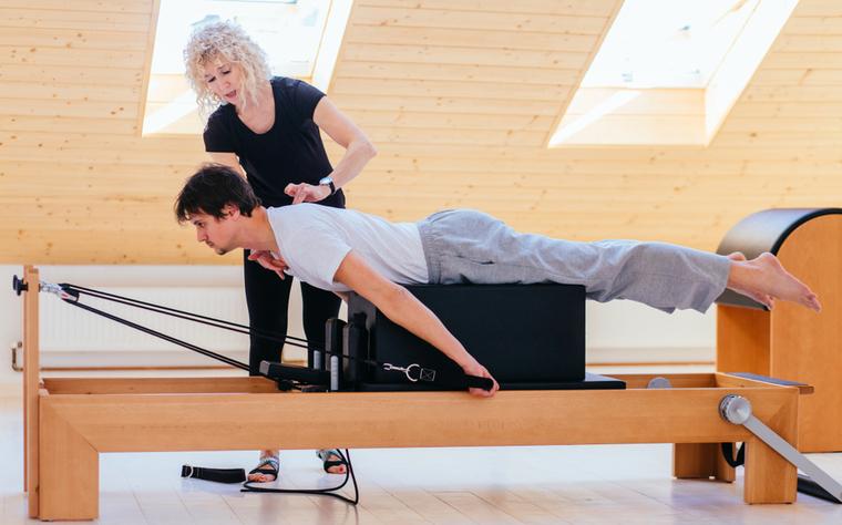 Pilates na medicina: saiba as doenças que podem ser prevenidas e até combatidas pelo Pilates