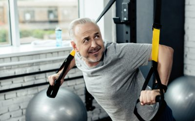 Saiba como utilizar o treinamento suspenso para melhorar o coração dos idosos