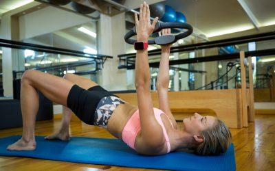 Conheça os 7 principais exercícios de MAT Pilates com acessórios