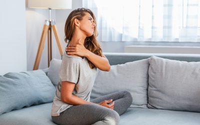 Exercícios para síndrome do ombro congelado: saiba quais aplicar em cada fase do tratamento