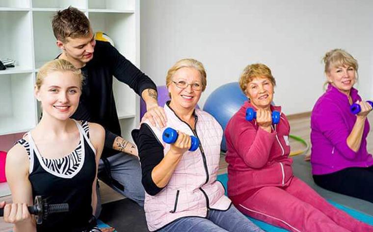 6 exercícios funcionais para idosos que irão proporcionar mais qualidade de vida