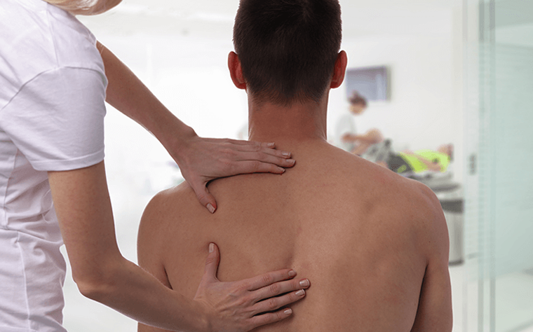 Saiba como realizar a fase inicial do tratamento de dor no ombro