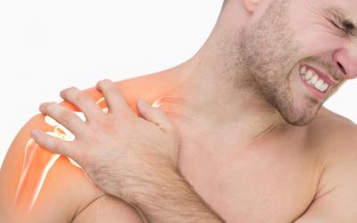 Como tratar dor no ombro – ainda no início – sem trabalhar a articulação