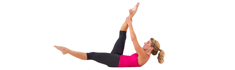 exercicios-de-Pilates-para-Hipertensao-Single-Straight-Leg-Stretch