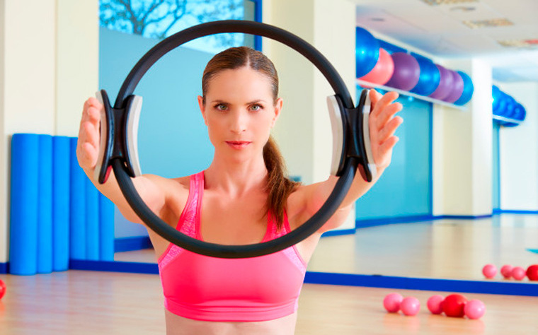 Utilizando o Magic Circle no Mat Pilates (+7 exercícios)